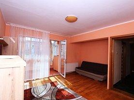 Apartament de închiriat 3 camere, în Galaţi, zona Central