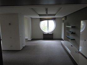 Apartament de închiriat 3 camere, în Bucureşti, zona Plevnei