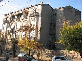 Casa de vânzare 40 camere, în Bucureşti, zona Cişmigiu