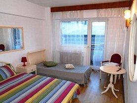 Apartament de vânzare 4 camere, în Bucuresti, zona P-ta Universitatii