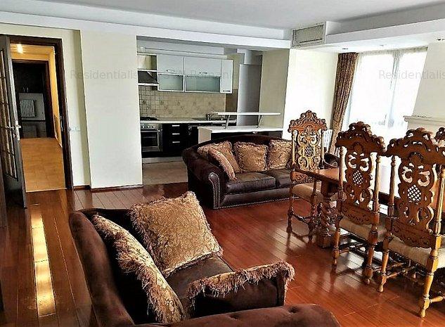 Inchiriere-Vanzare apartament Lux Doroba: living
