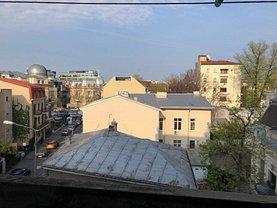 Apartament de vânzare 4 camere, în Bucuresti, zona P-ta Romana
