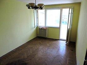Apartament de vânzare 3 camere, în Bucuresti, zona Campia Libertatii