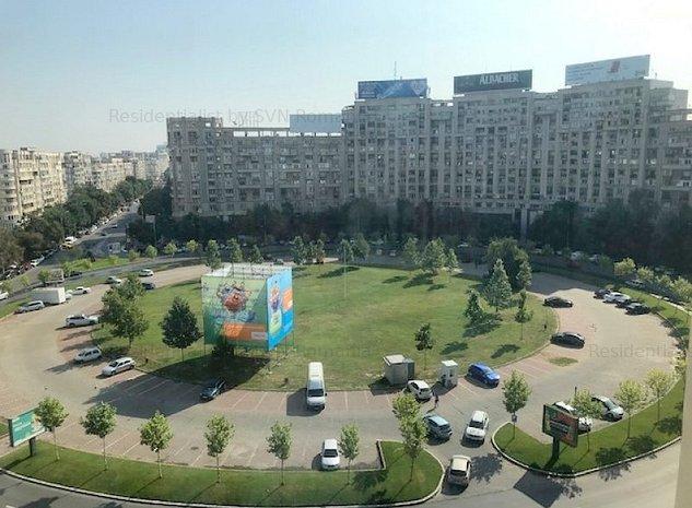 3 camere cu vedere la Piata Alba Iulia