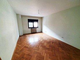 Apartament de vânzare 3 camere, în Bucuresti, zona P-ta Romana
