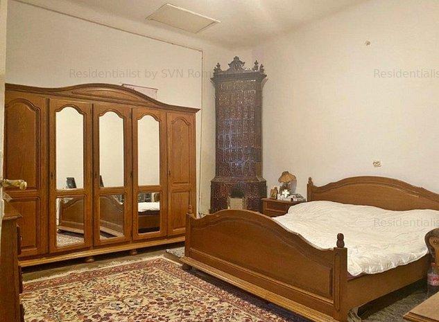 Apartament 3 camere in vila: .