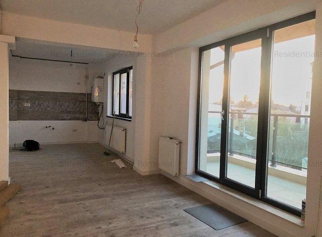 Apartament 3 camere cu scara interioara : .
