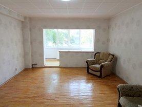 Apartament de închiriat 4 camere, în Otopeni