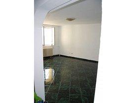 Apartament de vânzare 4 camere, în Bucureşti, zona Bucur Obor