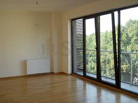 Apartament de închiriat 3 camere, în Bucureşti, zona P-ţa Victoriei