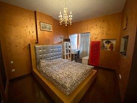 Apartament de vânzare 4 camere, în Bucureşti, zona Iancului