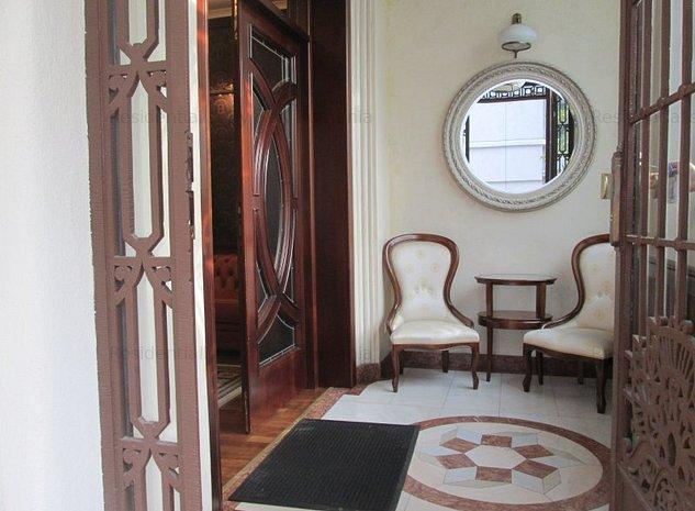 Vila stil Art Deco - Neoromanesc Tarziu: .