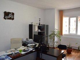 Casa de vânzare 8 camere, în Bucuresti, zona Foisorul de Foc