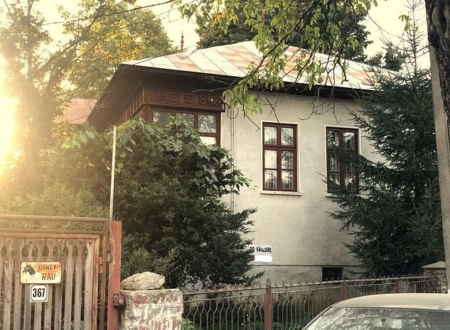 Casa interbelica cu atelier Izvoarele Pr: -