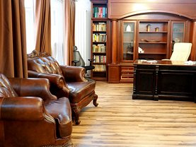 Casa de închiriat 8 camere, în Bucuresti, zona Dacia