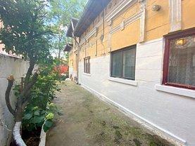 Casa de vânzare 3 camere, în Bucureşti, zona Alba Iulia