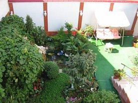 Casa de vânzare 8 camere, în Bucureşti, zona Turda