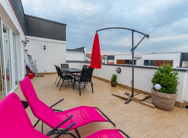 VIDEO TOUR - Penthouse 3 camere 80 mp + terasa 40 mp, Calea Cisnadiei - imaginea 1