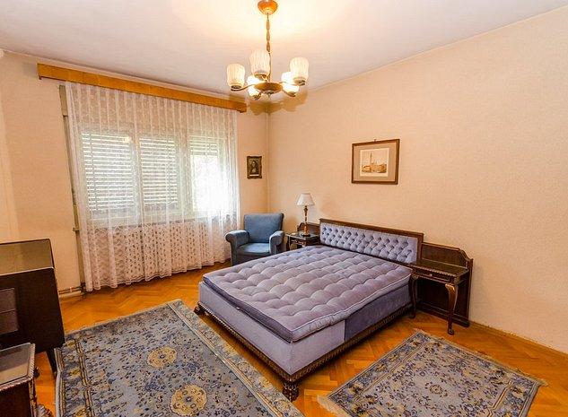 Apartament 3 cam,140mp,curte,parcare,vis-a-vis de parcul Sub Arini - imaginea 1