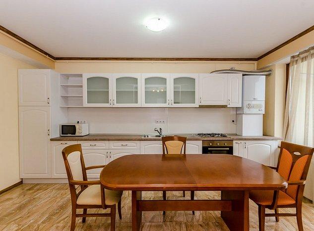 Apartament cu 4 camere, 2 bai, parcare subterana, Calea Dumbravii - imaginea 1