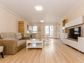 Apartament de închiriat 3 camere în Sibiu, Central