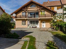 Casa de vânzare sau de închiriat 4 camere, în Sibiu, zona Sub Arini