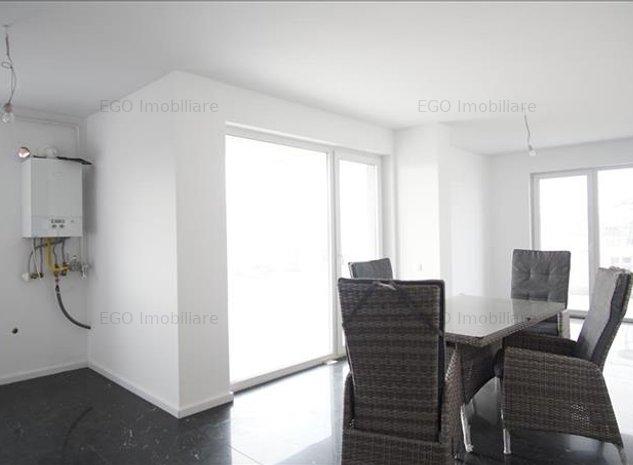 Vanzare apartament 3 camere finisat+garaj langa Grand Hotel Italia - imaginea 1
