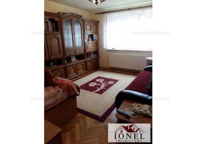 Apartament 2 camere decomandat de vanzare in Alba Iulia, zona Centru - imaginea 1