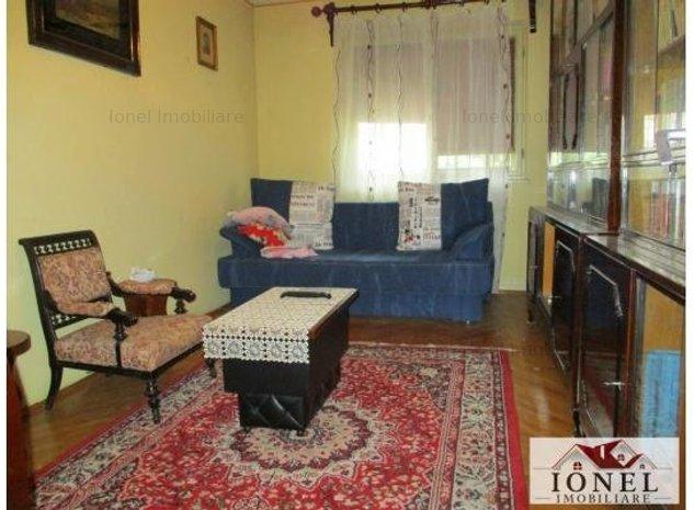 Apartament 3 camere de vanzare in Alba Iulia, zona Cetate, etaj 1 - imaginea 1