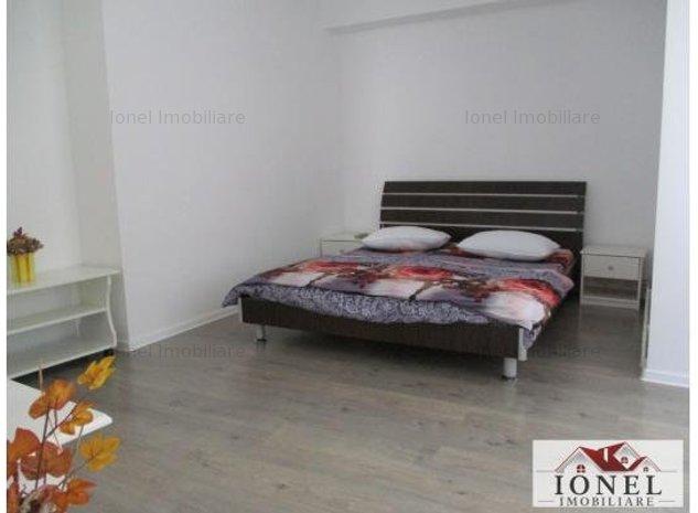 Apartament 4 camere de vanzare in Alba Iulia, zona Centru - imaginea 1
