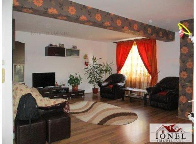 Apartament 3 camere decomandat de vanzare in Alba Iulia, zona Tolstoi, bloc nou - imaginea 1