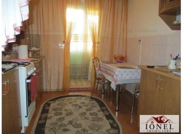 Apartament 2 camere decomandat de vanzare in Alba Iulia, Tolstoi - imaginea 1