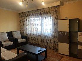 Apartament de închiriat 3 camere, în Slatina, zona Steaua