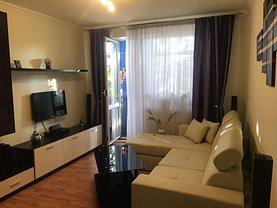 Apartament de vânzare 3 camere, în Slatina, zona Ultracentral
