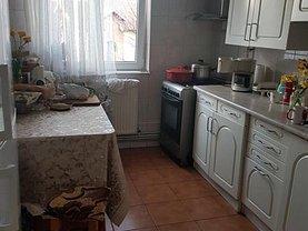 Apartament de vânzare 4 camere în Pitesti, Trivale