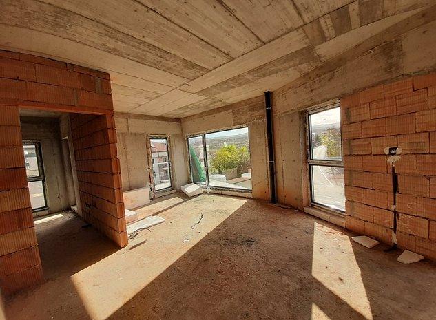 2 camere, decomandat, in bloc nou, zona de case verde, linistita! - imaginea 1