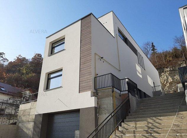 Apartament in vila noua, de tip duplex! Locatie excelenta! - imaginea 1