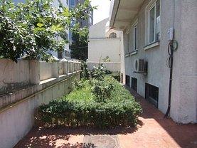 Casa de închiriat 12 camere, în Bucuresti, zona Aviatiei