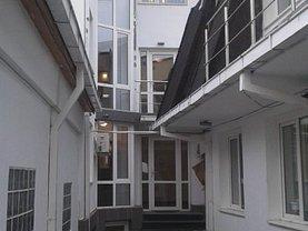 Casa de închiriat 12 camere, în Bucuresti, zona 13 Septembrie