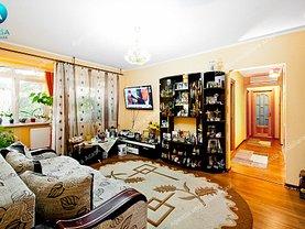 Apartament de vânzare 3 camere în Galati, Micro 16