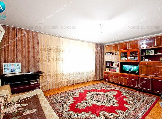 Vanzare apartament 2 camere dec. in  N.Leonard, sup. 63 mp, centrala termica  - imaginea 1