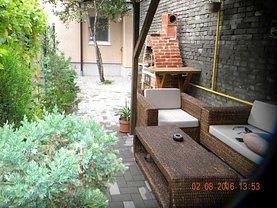 Casa de închiriat 3 camere, în Craiova, zona Ultracentral