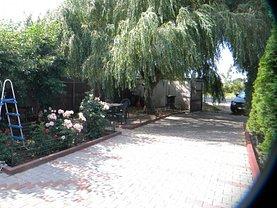 Casa de vânzare 8 camere, în Preajba