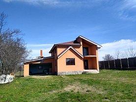 Casa de închiriat 4 camere, în Bogea
