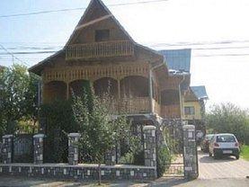 Casa 14 camere în Marginenii de Jos