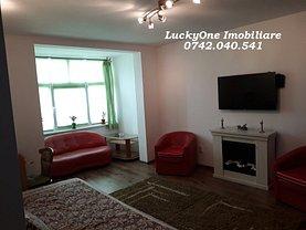 Apartament de vânzare 3 camere, în Piatra-Neamţ, zona Dărmăneşti