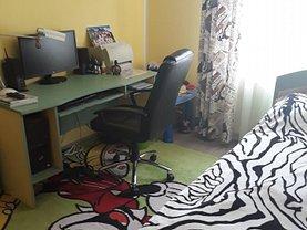 Apartament de vânzare 3 camere în Piatra-Neamt, 1 Mai