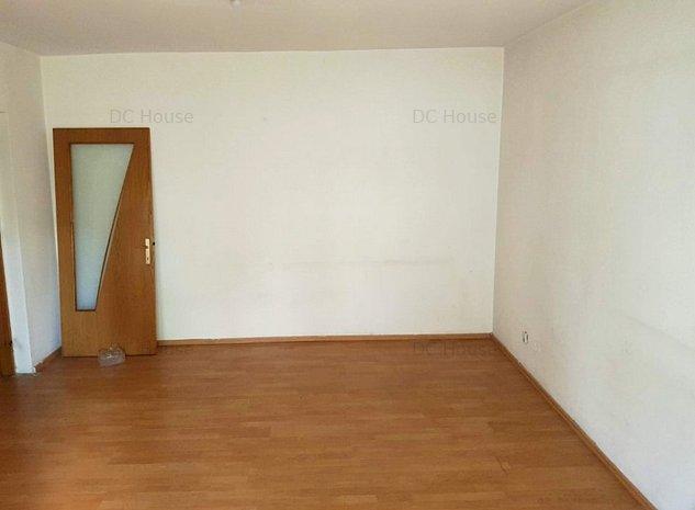 Apartament 2 camere etaj 1/3 zona Aviatiei - imaginea 1