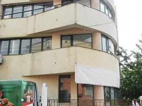 Casa de vânzare sau de închiriat 9 camere, în Bucureşti, zona Bucureştii Noi