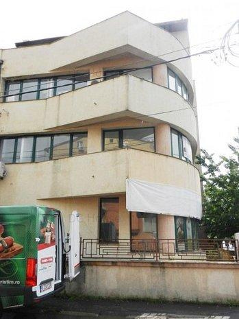 Vila P+2+M Bld Jiului - Bucurestii Noi - imaginea 1